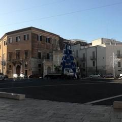 Albero di Natale in piazza Catuma