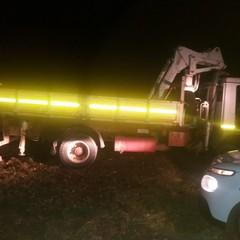 ladri in azione abbandonano camion rubato nei pressi di Castel del Monte