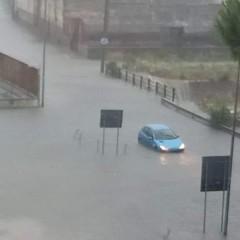 Piogge e temporali: tromba d'aria e strade allagate ad Andria