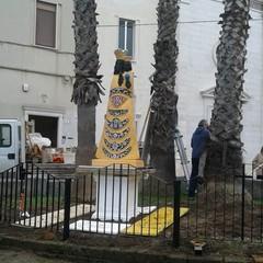 Statua della Madonna di Loreto collocata davanti alla chiesa delle SS. Stimmate
