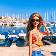 """Barbie in Town: """"influencer"""" d'eccezione in giro per la Puglia"""