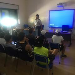 La Finanza incontra i ragazzi aderenti al progetto di Protezione Civile