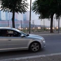 Incendio di sterpaglie nei pressi di via Vecchia Barletta