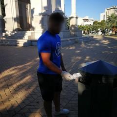 CasaPound Italia ripulisce il Monumento ai Caduti di Andria