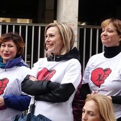Andria si è tinta di Rosa per dire tutti insieme «No alla violenza sulle donne»