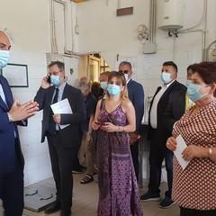 Ministro dell'Agricoltura Bellanova in visita ad Andria al Frantoio Muraglia