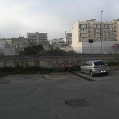 degrado ed abbandono in via Fornaci