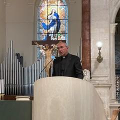 Vescovo mons. Gianni Massaro