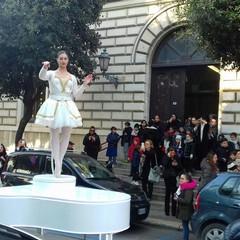 Carillon vivente per le strade della città