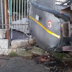 cisterna ribaltata sulla Trani Andria