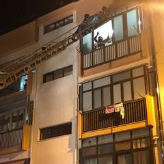 Caduta calcinacci in via Terlizzi: intervento dei Vigili del Fuoco