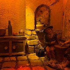 Dal condominio di via Milite Ignoto n. 11 un presepe artistico realizzato dal polistirolo