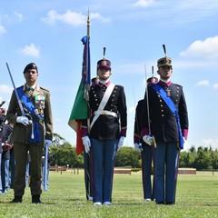 Momento della cerimonia con il Comandante della Brigata di formazione