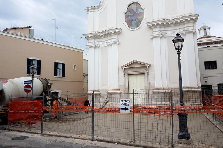 La Chiesa Gesù Crocifisso si rifà un nuovo look. <span>Foto Riccardo Di Pietro</span>