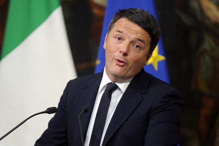 """Matteo Renzi nella Bat per presentare il suo libro """"Avanti"""""""