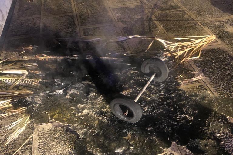 incendio bidone all'interno della villa comunale