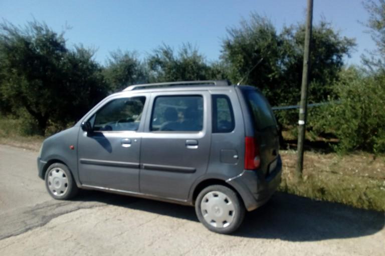 autovettura rinvenuta ritrovata in contrada Coda di Volpe