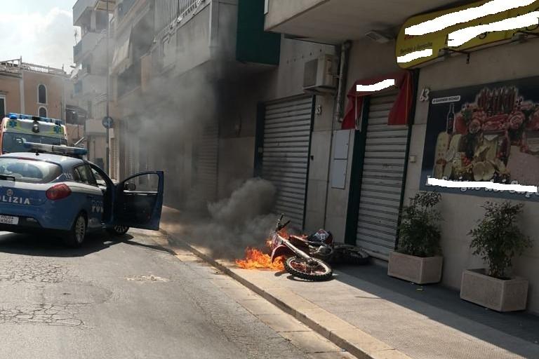 motociclista denunciato a piede libero