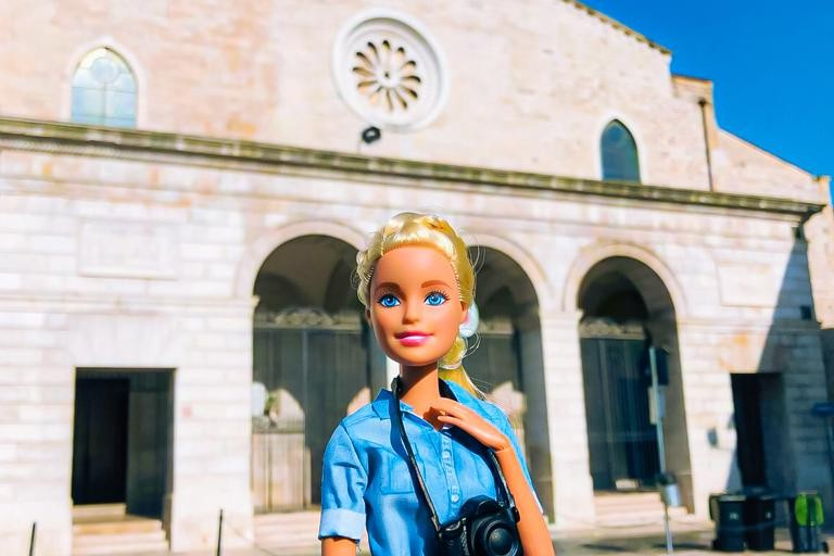 """Barbie in Town: """"influencer"""