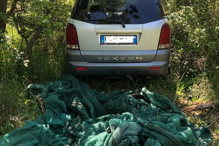 auto rubata ritrovata in contrada Castel del Monte