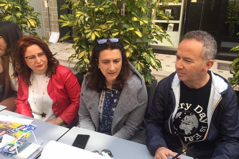 da sx Grazia Di Bari, Rosa D'Amato e Michele Coratella (M5S)