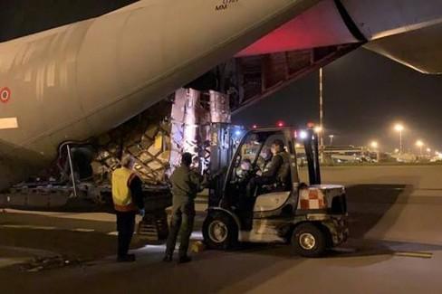 materiale protezione civile aeroporto di bari