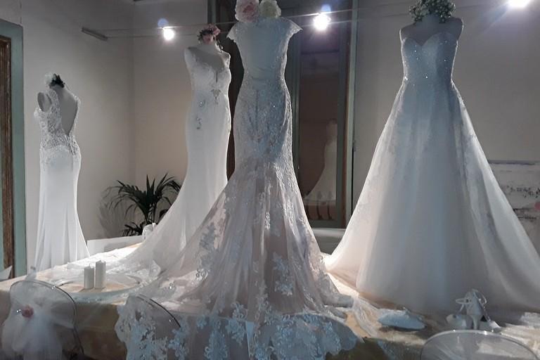 a49af9912b09 Andria  La moda sotto l abito da sposa  il 9 dicembre sfilata nella  location di Relais Sant Agostino