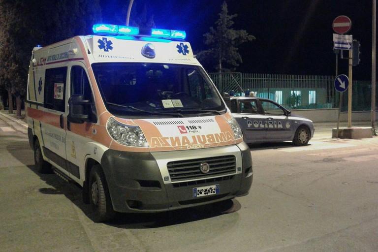 ambulanza volante della Polizia di Stato. <span>Foto Vincenzo Cassano</span>