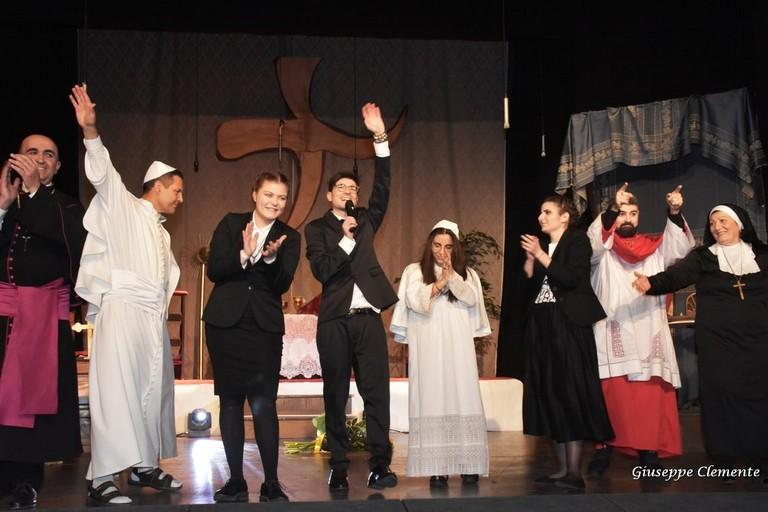 La CompagniAurea porta in scena lo spettacolo