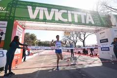 Vivicittà, a Bari vince l'atleta di Andria Pasquale Selvarolo