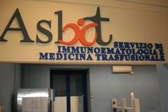 """Appello dal Centro trasfusionale del """"Bonomo"""": «Abbiamo bisogno di donazioni di sangue»"""