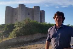 Una star a 8 lati: Castel del Monte stasera su Rai 1