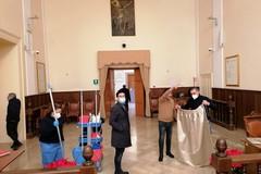 Donazione nuovi arredi per la sala consiliare di Palazzo di Città