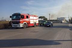 Vasto incendio su via Trani: al lavoro squadre dei Vigili del Fuoco