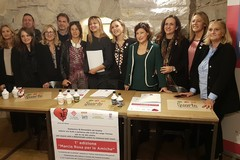 """""""Marcia in Rosa"""": una camminata di solidarietà per sensibilizzare alla lotta contro la violenza di genere"""