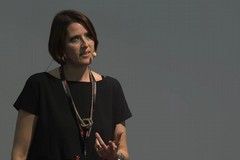 """Presso il Centro Risorse l'incontro con Vera Gheno, autrice del libro """"Potere alle Parole"""""""