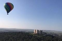 """Al Castel del Monte voli in mongolfiera per inaugurare la XIX edizione del festival de """"I Dialoghi di Trani"""""""
