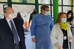 Al via ad Andria la prima giornata di vaccinazione anti-Covid: è il turno di 200 docenti e ATA