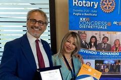 """Alla Preside Lilla Bruno il premio """"Rotariano dell'anno 2020/21"""""""