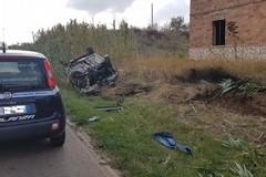 Auto si ribalta sulla strada Corato-Castel del Monte: ferito un 70enne