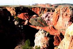 Cave di bauxite di Spinazzola, aumentano i rifiuti: la segnalazione di 3Place