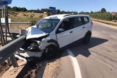 Due turiste marchigiane ferite in incidente stradale nei pressi di Castel del Monte