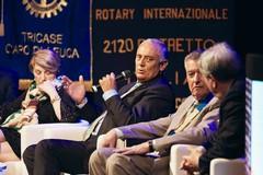 Rotary: i Presidenti dei 56 club di Puglia e Basilicata incontrano il Governatore eletto, l'andriese Sergio Sernia