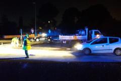 Olio sull'asfalto allo svincolo della ex sp 231 per Castel del Monte: disagi alla circolazione stradale