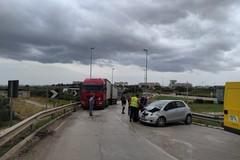 Incidente sulla strada tangenziale, nei pressi dello svincolo per l'A/14