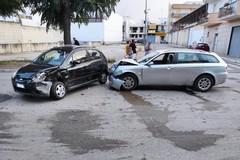 Grave incidente stradale con ferito in via Vecchia Barletta