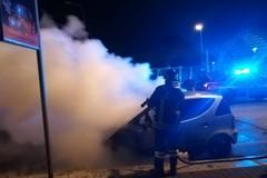 Incendio di un'autovettura ieri sera ad Andria: intervento dei Vigili del Fuoco