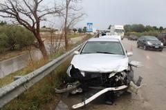 Grave incidente stradale sulla ex sp 231 a causa della pioggia