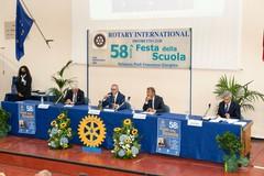 Festa della Scuola: sette studenti della scuole superiori di Andria premiati dal Rotary Trani