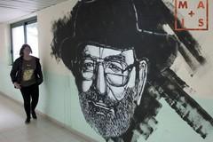 """Il liceo """"R. Nuzzi"""" omaggia Umberto Eco con un murale"""